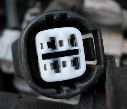 Avensis: Batterie Warnleuchte leuchtet dauernd | Seite 2